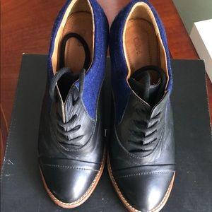 Chloe black/blue heels.
